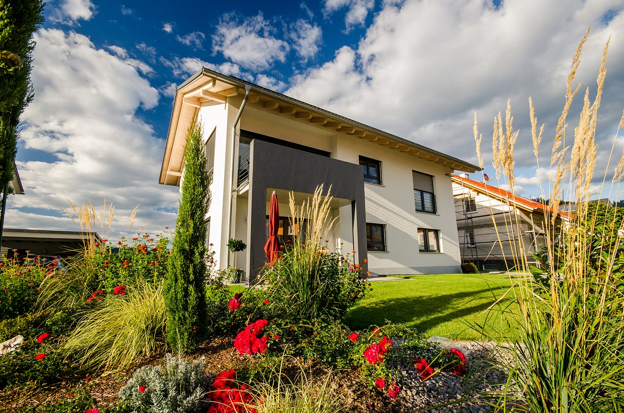 Schöner Garten mit Haus
