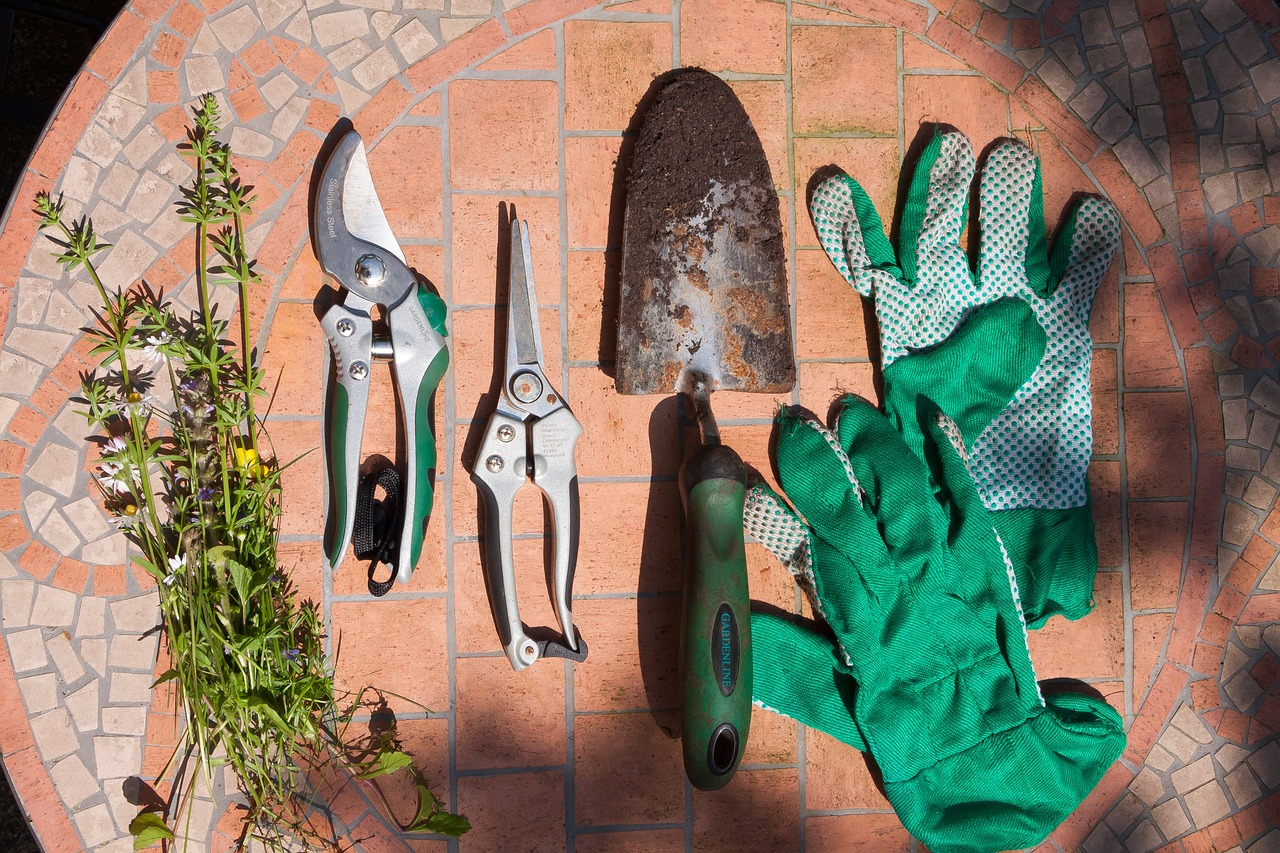 Geräte für die Gartenarbeit
